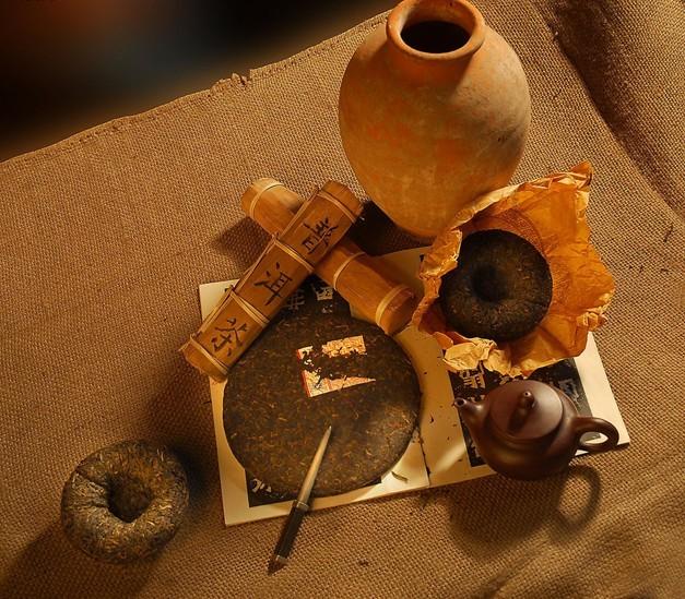 老班章普洱饼茶图片